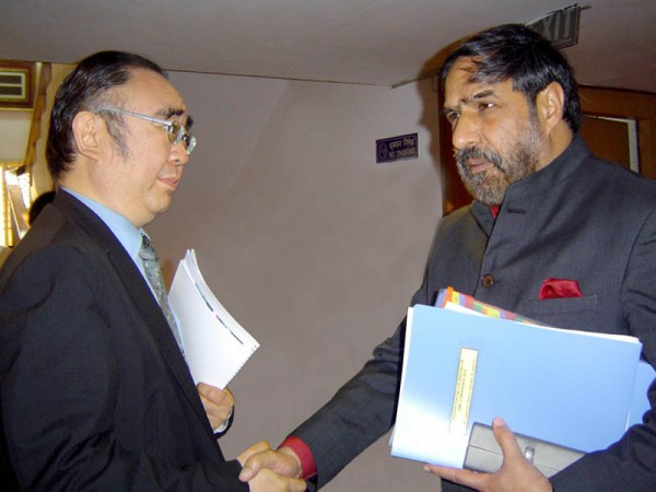 Meeting with Commerce and Industry Minister of India, H.E. Mr. Anand Sharma