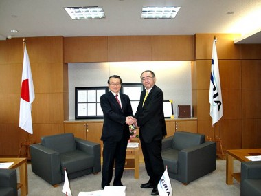 Visit of Mr. Masaharu Nakagawa, Senior Vice Minister of MEXT