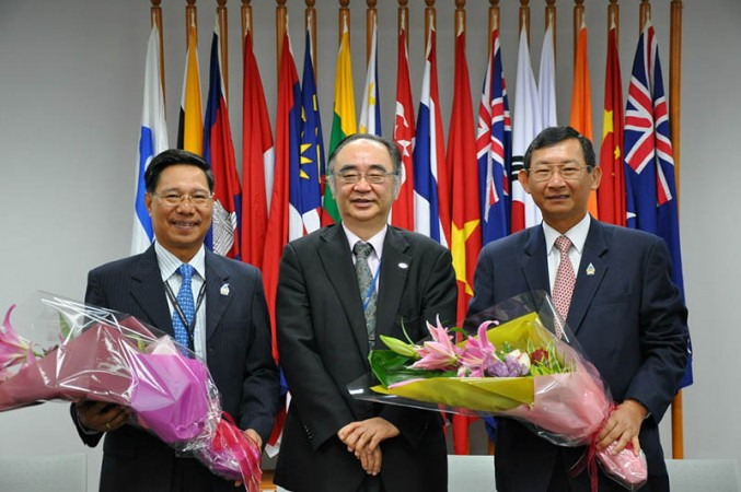 Visit of Senior Minister and Minister of Commerce of Cambodia and Minister of Industry and Commerce of LaoPDR