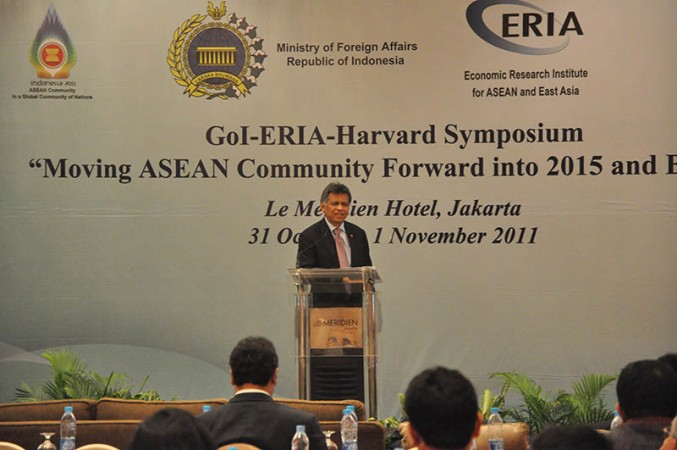 Proposing 'Jakarta Framework on Moving ASEAN Community Forward into 2015 and Beyond'