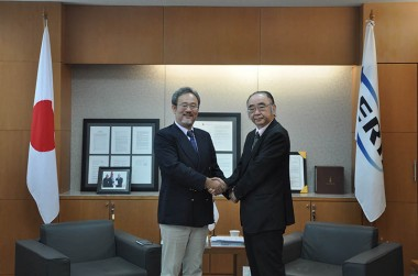 Visit of Mr. Nobuyuki Higashi, Executive Officer of JBIC on July 18, 2012
