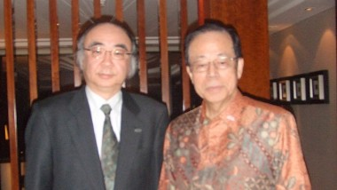 Executive Director of ERIA meets Former Japanese Prime Minister