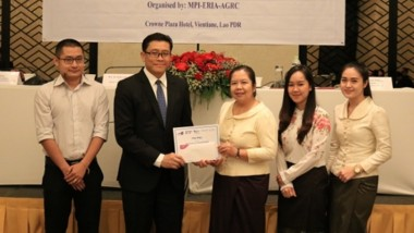 Prizes Awarded to Best Policy Modelling Studies in Lao PDR