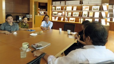 ERIA Holds Coffee Talk in New Information Centre
