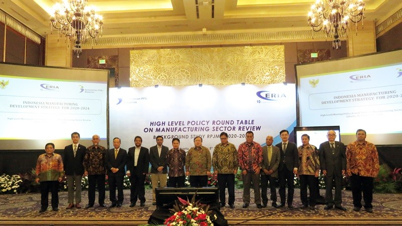 ERIA and Bappenas Hold High-Level Policy Roundtable on Indonesian Manufacturing Development Strategy