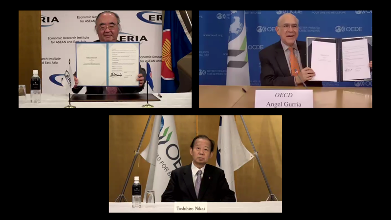 ERIA Renews MoU with OECD in a Virtual Signing Ceremony