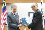Prof Nishimura presented ERIA books on trade and NTM to Minister Mohamed