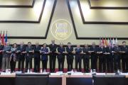 ERIA GB members posed the ASEAN Way